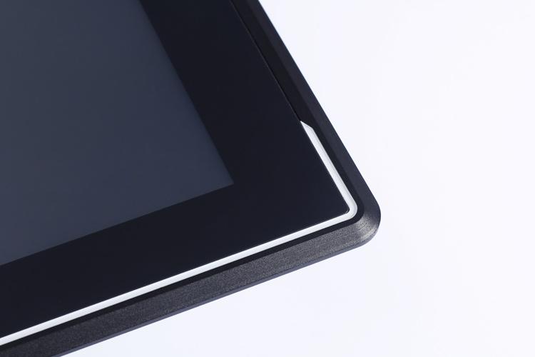 工业平板电脑边角细节