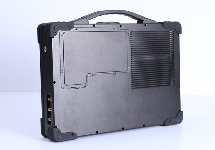 加固双屏笔记本电脑G1582B 背面散热细节