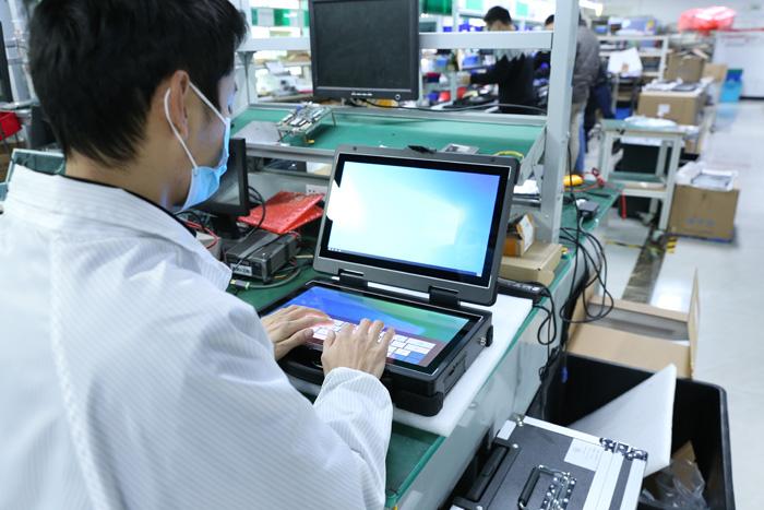 应急指挥系统双屏加固笔记本电脑